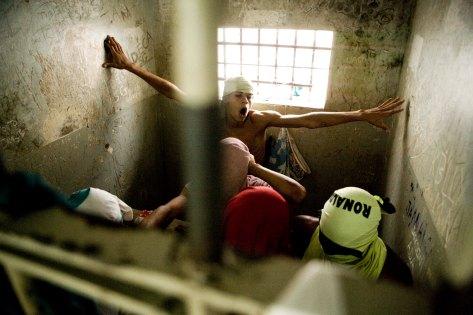 COTIDIANO / ESPECIAL / Sao Paulo, 11 de marco de 2010 / Foto: Joao Wainer / Folha Imagem / Fotos da carceragem da DPJ de Cariacica na regiao metropolitana de Vitoria, no Espirito Santo. As cadeias do estado estao entre as piores do pais. *** EXCLUSIVO FOLHA DE S.PAULO ***