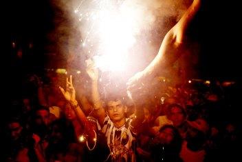 (Foto: Joao Wainer) 12.03.2004 - Show dos Racionais MCs no clube dos portuarios em Santos.